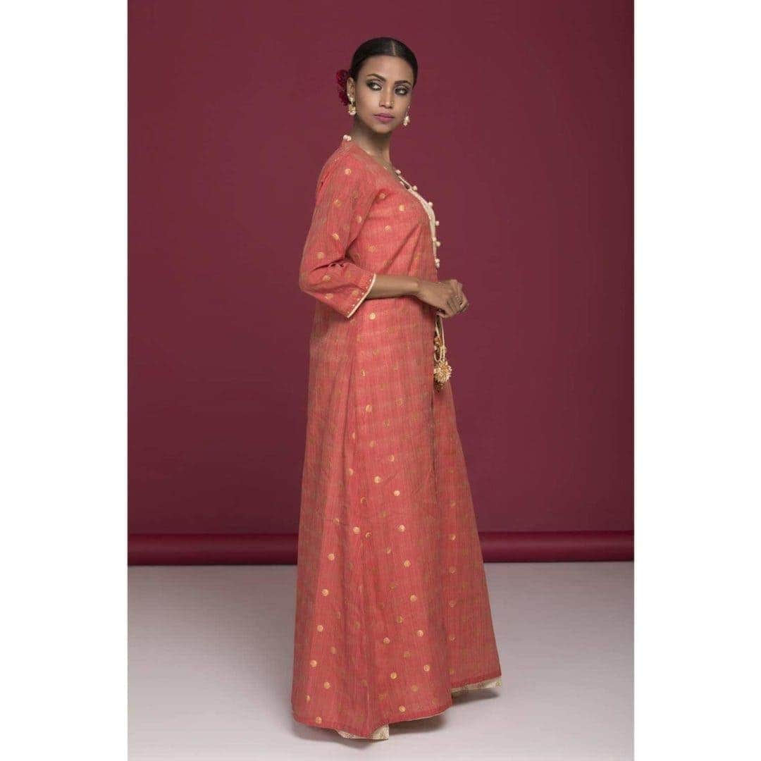 A-line dress with chanderi inner