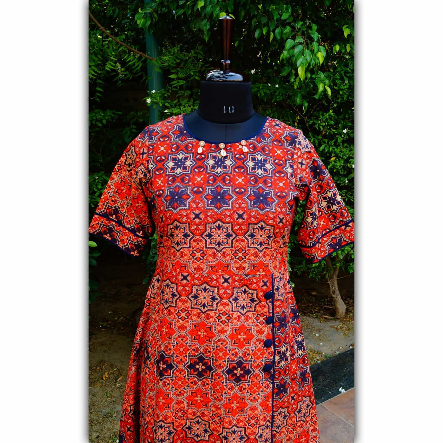 Red And Navy Blue Jaal Print