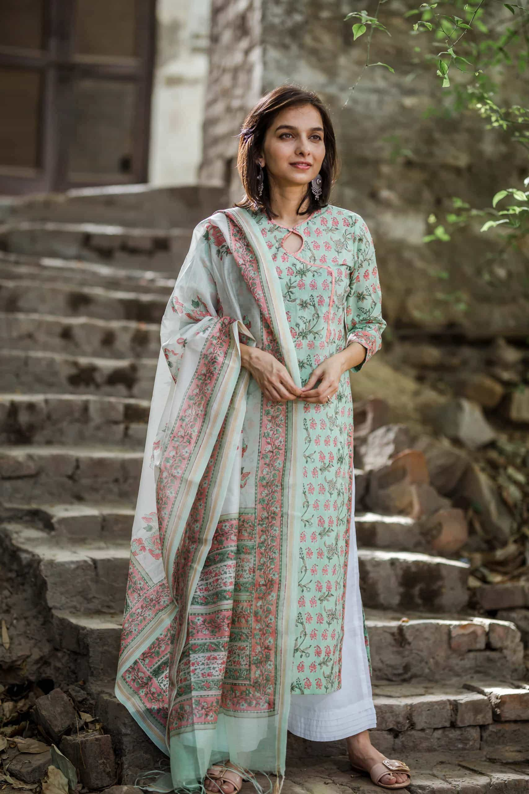 Mint Green And Peach Kurta With Dupatta Side Scaled