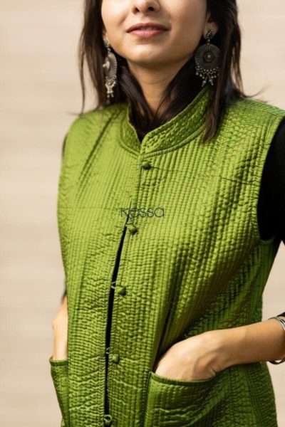 Trendy Green Double Side Half Jacket Front Pockets 2