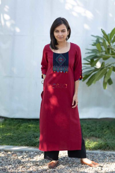 Kessa Ws508 Merlot South Cotton Kurta With Hand Embroidery Patch Front