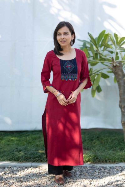 Kessa Ws508 Merlot South Cotton Kurta With Hand Embroidery Patch Side