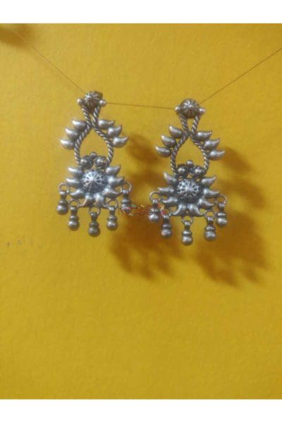Kt134 Silver Danglers Featured