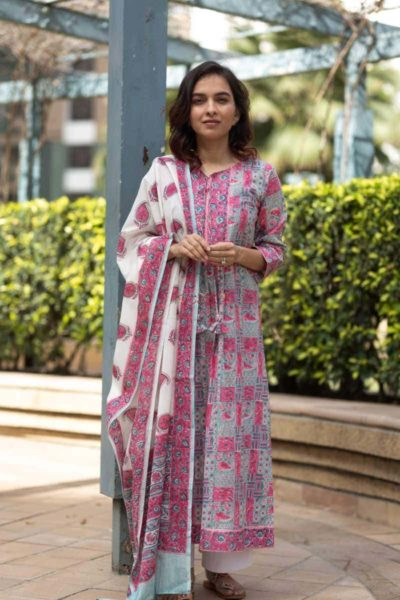 Kessa Kuoj113 Spring Pastels Kurta Dupatta Set Featured 1