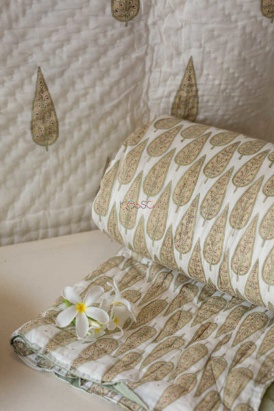 Kessa Kaq04 Nomad Grey And Green Double Bed Quilt Look 1