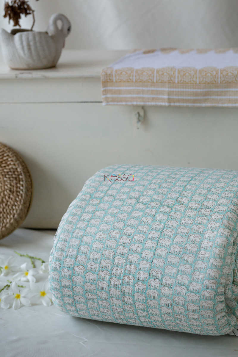 Kessa Kaq06 Casper Blue And White Double Bed Quilt Featured