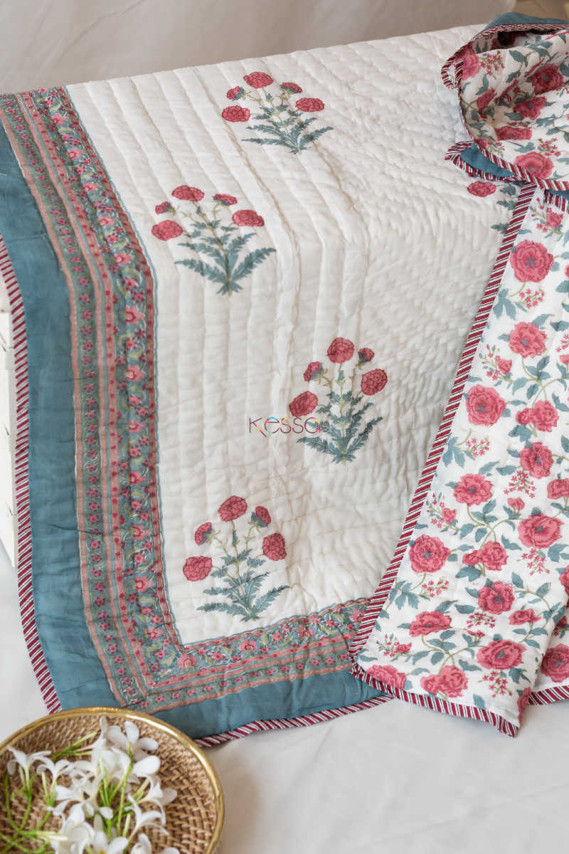 Kessa Kaq09 Red Floral Jaal Single Bed Quilt Closeup