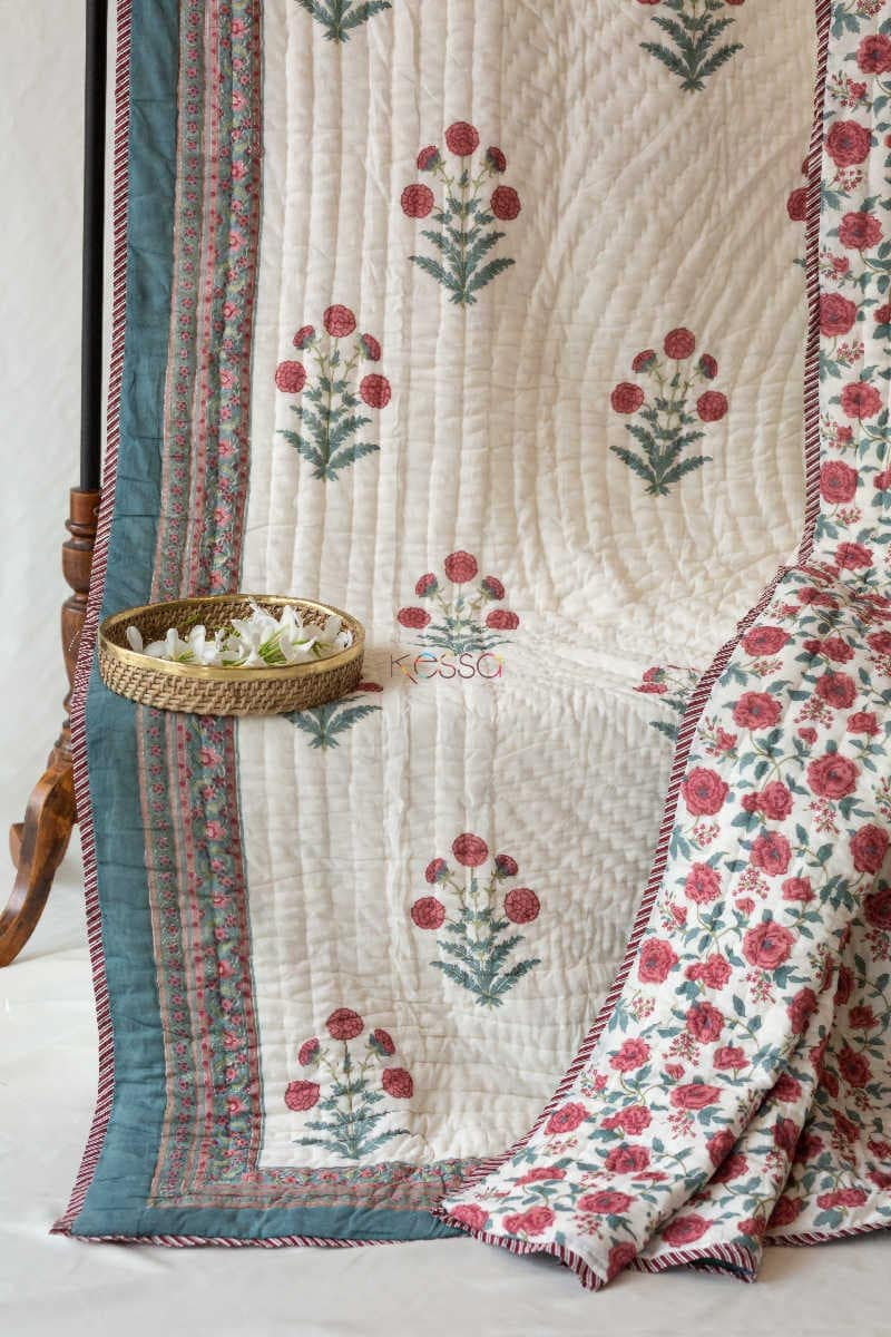 Kessa Kaq09 Red Floral Jaal Single Bed Quilt Look 1
