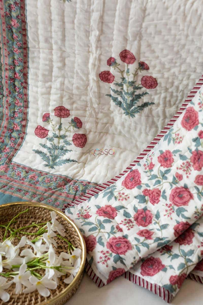 Kessa Kaq09 Red Floral Jaal Single Bed Quilt Look