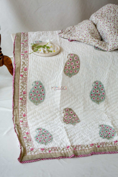 Kessa Kaq16 Rose Pink Mughal Print Double Bed Quilt Look