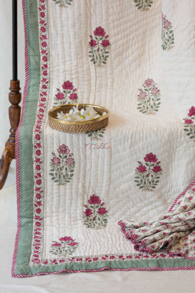 Kessa Kaq18 Turkish Rose Mughal Print Double Bed Quilt Look 1