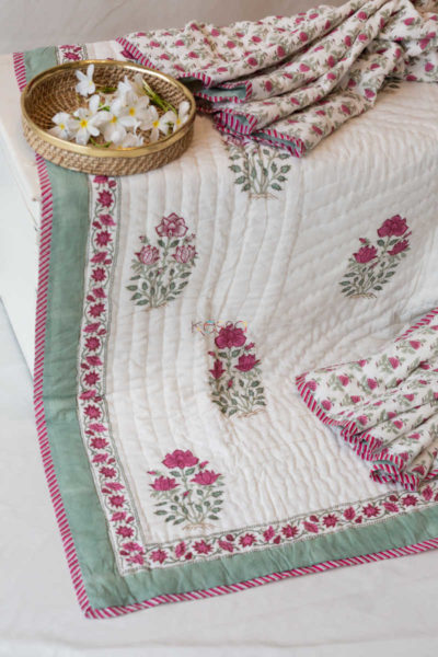 Kessa Kaq18 Turkish Rose Mughal Print Double Bed Quilt Look