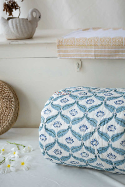 Kessa Kaq21 Blue Tapestry Mughal Block Single Bed Quilt Featured