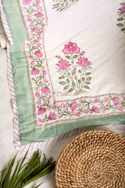Kessa Kaq40 Cadillac Double Bed Quilt Booti