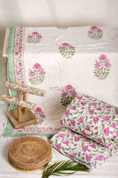 Kessa Kaq40 Cadillac Double Bed Quilt Featured