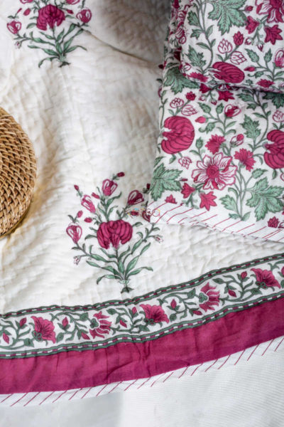 Kessa Kaq54 Tapestery Pink And Green Double Bed Quilt Closeup