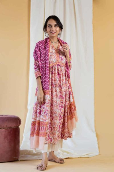 Kessa Kuoj125 Calico Peach Magenta Kurta Dupatta Set Featured