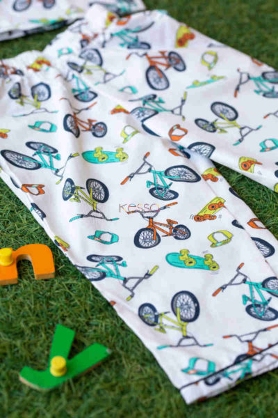 Ws572 White Cycle Mill Print Kids Night Suit Closeup