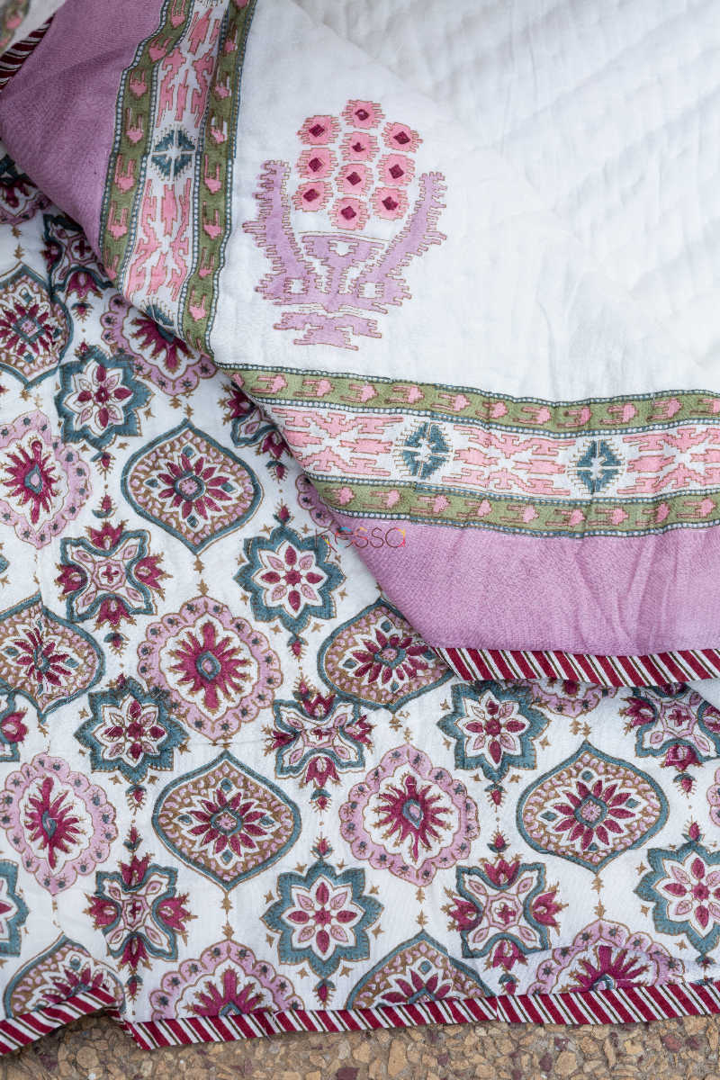 Kessa Kaq58 Lily Pink And Red Double Bed Quilt 1