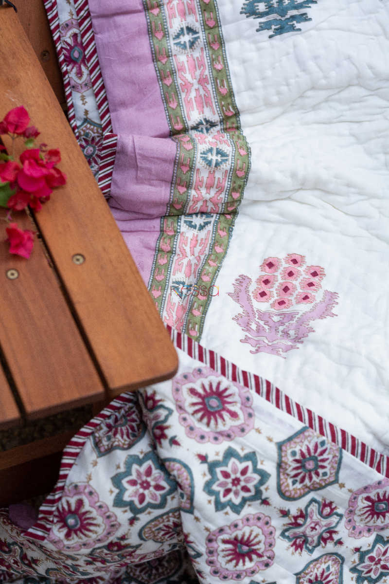Kessa Kaq58 Lily Pink And Red Double Bed Quilt 2