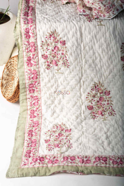 Kessa Kaq128 Pearl Bush Double Bed Quilt Featured
