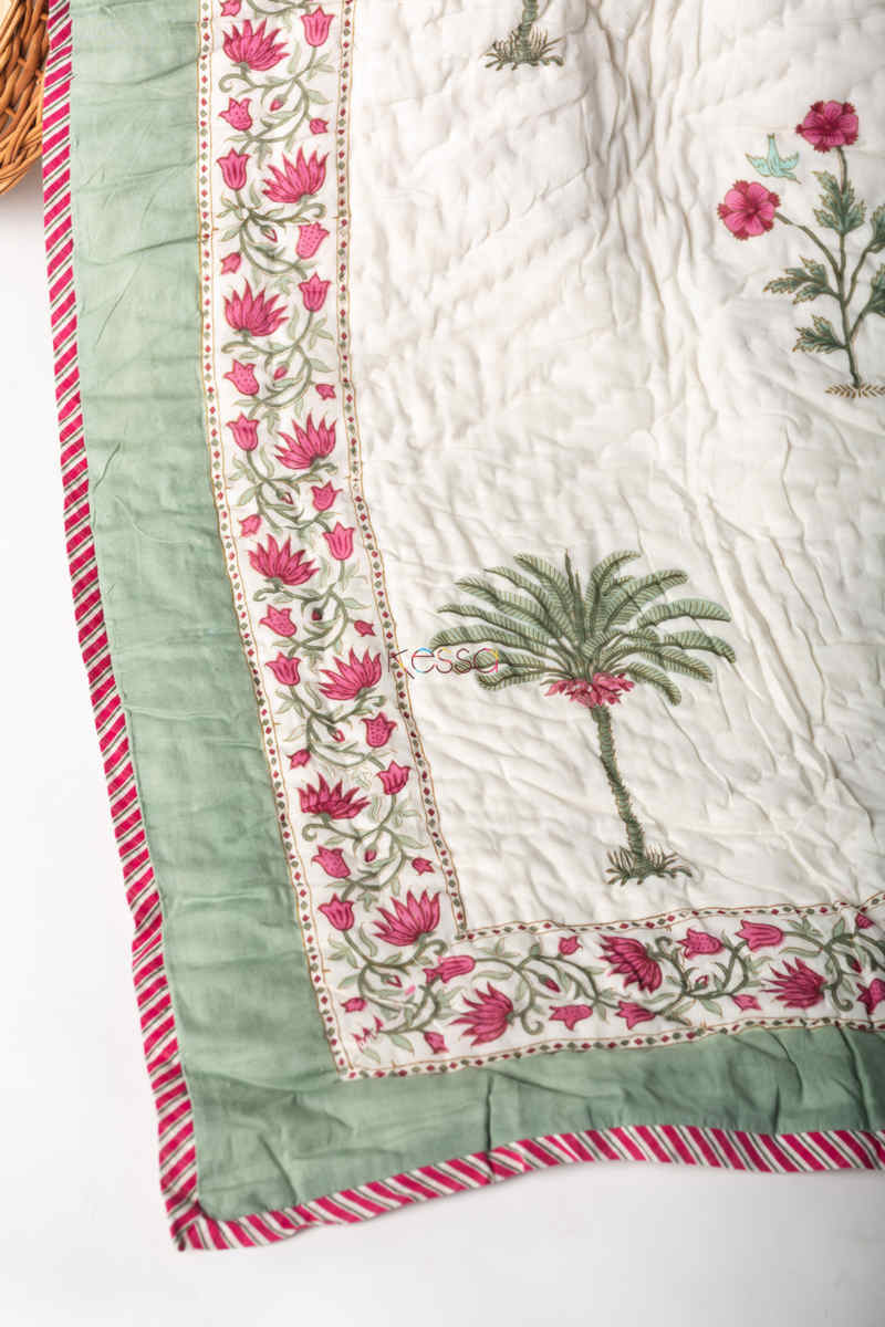 Kessa Kaq131 Pampas White Double Bed Quilt Look 1