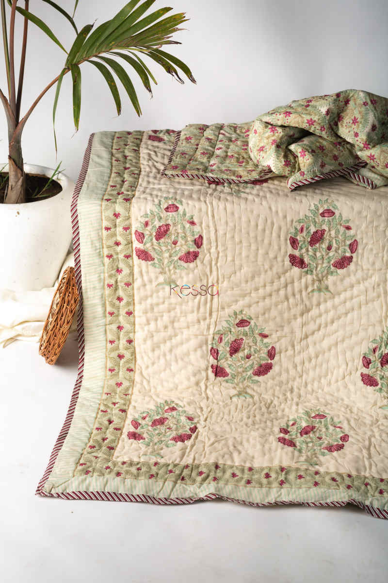 Kessa Kaq132 Pampas White Double Bed Quilt Featured