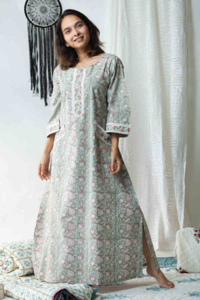 Kessa De79 Hayaat Night Gown With Lace Detailing Featured