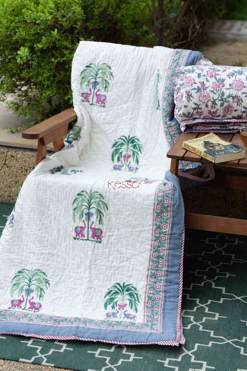 kessa kaq150 porcelain white and hippie blue single bed quilt front