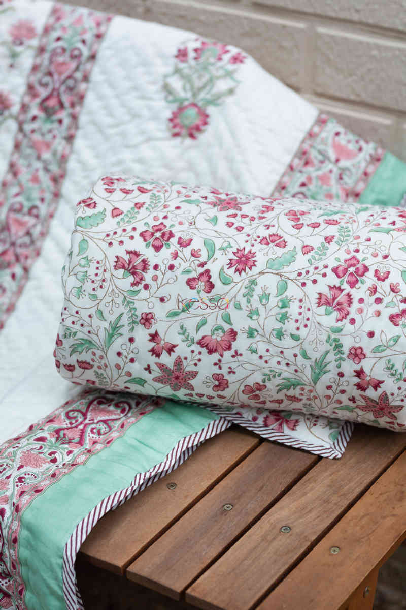 kessa kaq154 catskill white and morning glory green single bed quilt look 1