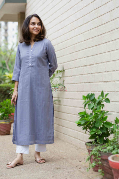 kessa ws713 nafees kurta with moti and shell button details front
