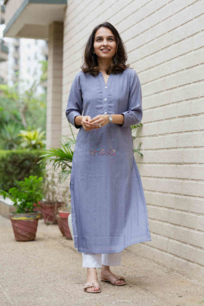 kessa ws713 nafees kurta with moti and shell button details look 2